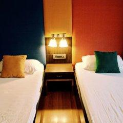 goStops Delhi (Stops Hostel Delhi) комната для гостей фото 2