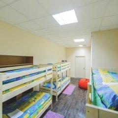 Мини-Отель Компас Кровать в общем номере с двухъярусной кроватью фото 9