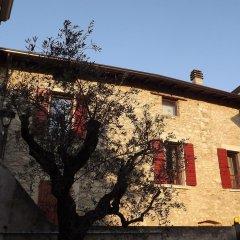 Отель B&B Antico Borgo Манерба-дель-Гарда