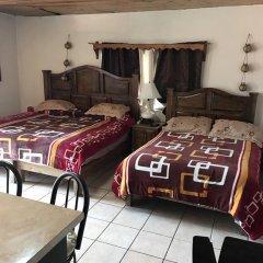Hotel Doña Crucita 2* Стандартный семейный номер с двуспальной кроватью фото 9