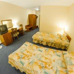 Sangate Hotel Airport 3* Стандартный семейный номер с двуспальной кроватью фото 2