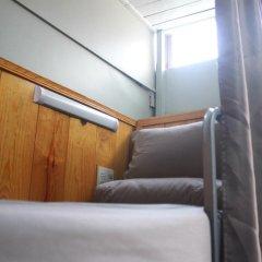 Отель Gold Night 2* Кровать в общем номере