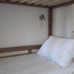 Hostel Lubin Кровать в мужском общем номере