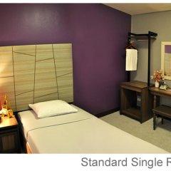 Отель Rambuttri Village Inn & Plaza 3* Стандартный номер с различными типами кроватей фото 5