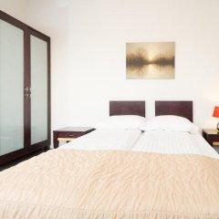 Rixwell Terrace Design Hotel сейф в номере