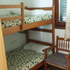 Отель Villa Magi Испания, Кала-эн-Бланес - отзывы, цены и фото номеров - забронировать отель Villa Magi онлайн комната для гостей фото 4