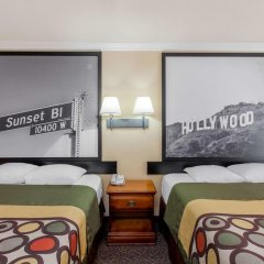 Отель Super 8 Downtown 2* Стандартный номер фото 3