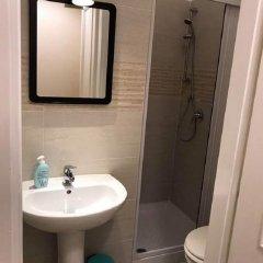 Отель Overseas Guest House Кровать в женском общем номере с двухъярусной кроватью фото 5