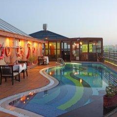 Sea View Hotel бассейн