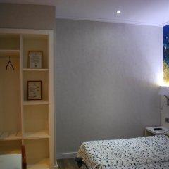 Отель Hostal Boqueria Стандартный номер с двуспальной кроватью фото 9