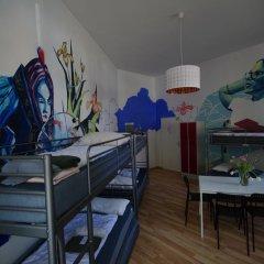 Kiez Hostel Berlin Кровать в женском общем номере с двухъярусной кроватью фото 5