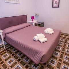 Отель Hostal Balmes Centro Стандартный номер с двуспальной кроватью фото 2