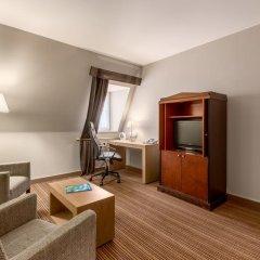 Отель NH Brussels Carrefour de l'Europe 4* Люкс с различными типами кроватей фото 4