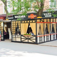 Гостиница Частная резиденция Богемия в Саратове 2 отзыва об отеле, цены и фото номеров - забронировать гостиницу Частная резиденция Богемия онлайн Саратов балкон