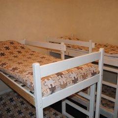 Отель Жилое помещение Stay Inn Кровать в мужском общем номере