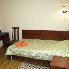 Гостиница Планета 2* Стандартный номер с 2 отдельными кроватями (общая ванная комната)