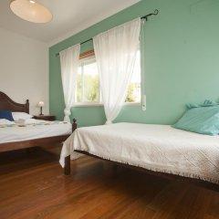Хостел Ericeira Chill Hill Hostel & Private Rooms Стандартный номер с различными типами кроватей фото 10