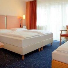 Favored Hotel Plaza 3* Стандартный номер с двуспальной кроватью фото 7