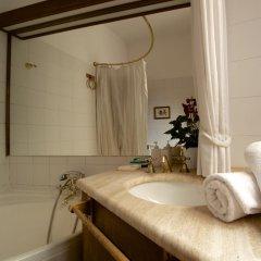 Отель The Pantheon Apartment Италия, Рим - отзывы, цены и фото номеров - забронировать отель The Pantheon Apartment онлайн ванная фото 2