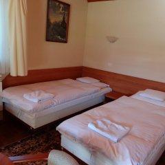 Отель Motel Comet Польша, Кобыльница - отзывы, цены и фото номеров - забронировать отель Motel Comet онлайн комната для гостей