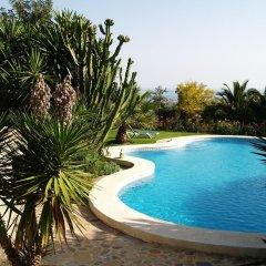 Отель Casa Rural El Retiro бассейн
