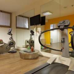 Отель Holiday Inn Genoa City фитнесс-зал фото 3