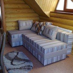 База отдыха Камянка комната для гостей