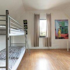 Brussel Hello Hostel Стандартный номер с 2 отдельными кроватями (общая ванная комната) фото 3