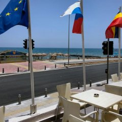 Отель Flamingo Beach Hotel Кипр, Ларнака - 13 отзывов об отеле, цены и фото номеров - забронировать отель Flamingo Beach Hotel онлайн пляж фото 3
