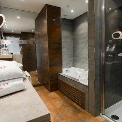 Отель Petit Palace Tamarises 3* Люкс повышенной комфортности с различными типами кроватей фото 3