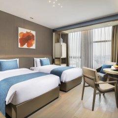 Отель Novotel Shanghai Clover 4* Номер Премьер с 2 отдельными кроватями фото 4