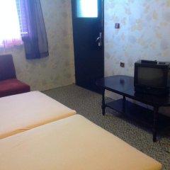 Отель Guest House Villa Roza Болгария, Золотые пески - отзывы, цены и фото номеров - забронировать отель Guest House Villa Roza онлайн удобства в номере фото 2