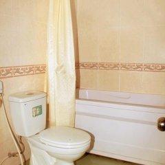 Thuy Duong Hotel 2* Стандартный семейный номер с двуспальной кроватью фото 8