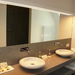 Best Western Premier Hotel Weinebrugge 4* Люкс с различными типами кроватей фото 2
