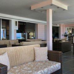 Отель Flamingo Beach Hotel Кипр, Ларнака - 13 отзывов об отеле, цены и фото номеров - забронировать отель Flamingo Beach Hotel онлайн интерьер отеля фото 2
