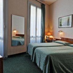 London Hotel 2* Стандартный номер с 2 отдельными кроватями