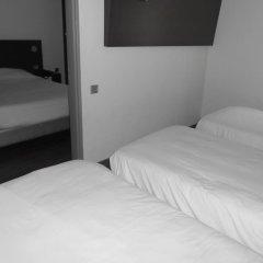Отель Kyriad Cahors комната для гостей фото 5