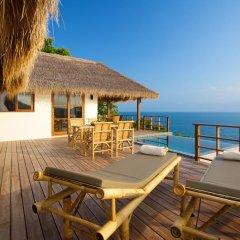 Отель Cape Shark Pool Villas 4* Вилла с различными типами кроватей фото 19