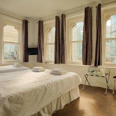 The Mitre Hotel 3* Стандартный семейный номер с двуспальной кроватью