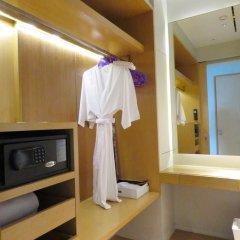 Отель Mode Sathorn 4* Люкс фото 18