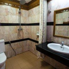 Отель Patong Beach Bed and Breakfast ванная