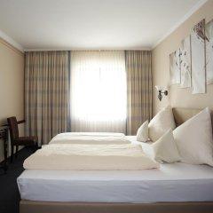Hotel Garni Zum Gockl Унтерфёринг комната для гостей фото 3