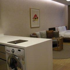 Отель Mayfield Suites в номере
