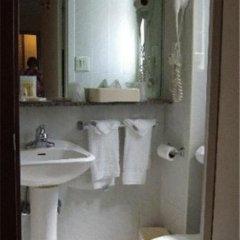 Отель La Quinta Inn & Suites New York City Central Park 2* Стандартный номер с двуспальной кроватью фото 11