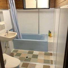 Отель Crystal Inn Onna Центр Окинавы ванная