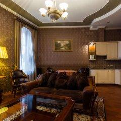 Отель Comfy Riga - Apartment St. Peter's Church Латвия, Рига - отзывы, цены и фото номеров - забронировать отель Comfy Riga - Apartment St. Peter's Church онлайн питание