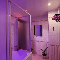 Апартаменты КвартХаус на Революционной Улучшенная студия с различными типами кроватей