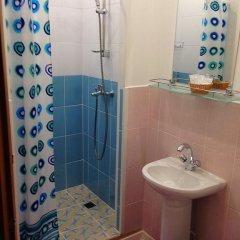Мини-отель Лира Номер Комфорт с двуспальной кроватью фото 17