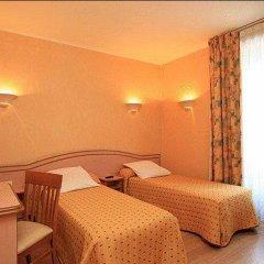 Отель Hôtel Habituel 3* Стандартный номер с 2 отдельными кроватями фото 3