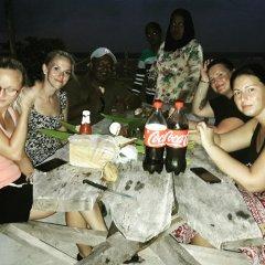 Отель Charming Holiday Lodge Мальдивы, Хулхудху (Атолл Адду) - отзывы, цены и фото номеров - забронировать отель Charming Holiday Lodge онлайн Хулхудху (Атолл Адду) развлечения